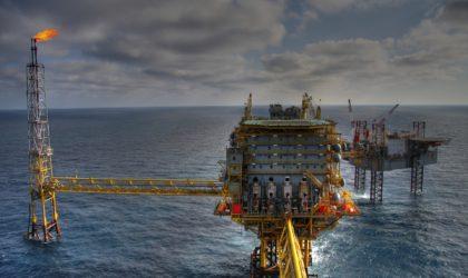 溶射事例:石油
